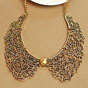 la textura de metal tallado collar de collar