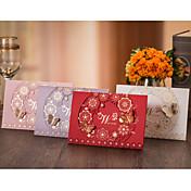 Doblado Superior Invitaciones De Boda 50-Tarjetas de invitación Estilo floral Con mariposasPapel de alta calidad Papel Duro Papel de