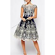 Women's Plus Size Sheath Dress - Geometri...