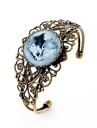 Lureme® Vintage Time Gem Series Romantic Lovers Wolf Antique Bronze Hollow Flower Open Bangle Bracelet for Women