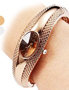 בגדי ריקוד נשים שעוני אופנה שעון צמיד שעונים יום יומיים קווארץ סגסוגת להקה צמיד אלגנטי כסף ברונזה