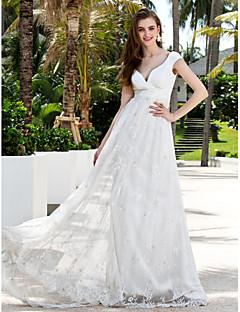 Szűk szabású Seprő uszály Sifon Csipke Esküvői ruha val vel Pántlika / szalag Cakkos által LAN TING BRIDE®