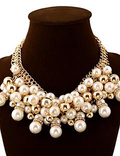 Dame Uttalelse Halskjeder Ball Perle Fuskediamant Legering Mote Europeisk Luksus Smykker Erklæringssmykker Multi Layer Elegant Smykker Til