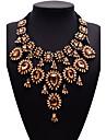 Pentru femei Coliere Bijuterii Bijuterii Piatră Preţioasă Aliaj La modă Euramerican costum de bijuterii Bijuterii Pentru Petrecere