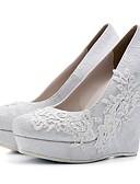 olcso Férfi pólók és pulóverek-Női Esküvői cipők Ék sarkú Kerek orrú Strasszkő Csipke Kényelmes Tavasz / Nyár Fehér