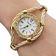 בגדי ריקוד נשים שעוני אופנה שעון צמיד קווארץ סגסוגת להקה מדבקות עם נצנצים צמיד זהב