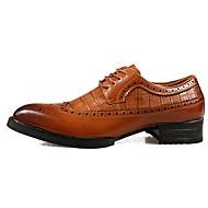 baratos Sapatos Masculinos-Homens Sapatos formais Couro Primavera / Verão / Outono Conforto Oxfords Antiderrapante Preto / Marron / Festas & Noite / Sapatas de novidade