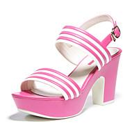 aokang® kvinners pu sandaler - 142825007