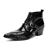 baratos Sapatos Masculinos-Homens Sapatas de novidade Couro Outono / Inverno Botas Caminhada Botas Curtas / Ankle Preto / Casamento / Festas & Noite