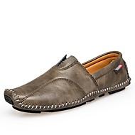 baratos Sapatos Masculinos-Homens Pele Verão / Outono Conforto Mocassins e Slip-Ons Preto / Marron / Cinzento Escuro