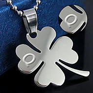 Men and women clover pendant titanium couple necklace personality Korean fashion fashion jewelry