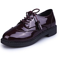 cheap Women's Oxfords-Women's Shoes Patent Leather Fall Comfort Oxfords Flat Heel Round Toe Tassel for Dress Black Burgundy