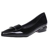 お買い得  レディースフラットシューズ-女性用 靴 PUレザー 春 秋 コンフォートシューズ フラット ポインテッドトゥ スパークリンググリッター のために カジュアル ブラック レッド