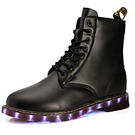 tanie Obuwie męskie-Męskie Buty Derma Materiał do wyboru Zima Wiosna Świecące buty Comfort Buciki na Casual Na wolnym powietrzu Black Brown
