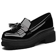 baratos Mocassins Femininos-Mulheres Sapatos Couro Envernizado Primavera / Outono Gladiador Mocassins e Slip-Ons Creepers Ponta Redonda Preto / Vinho