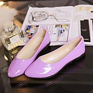 baratos Sapatos Femininos-Mulheres Sapatos Couro de Porco Verão Conforto Chinelos e flip-flops Caminhada Sem Salto Dedo Aberto Amarelo / Verde / Azul