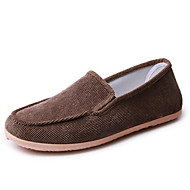 baratos Sapatos Masculinos-Homens Tecido Primavera / Outono Conforto Mocassins e Slip-Ons Preto / Café / Verde