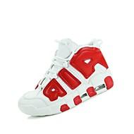baratos Sapatos Masculinos-Homens Couro Ecológico Primavera / Outono Conforto Tênis Basquete Preto / Vermelho / Azul