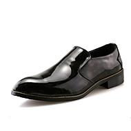 baratos Sapatos Masculinos-Homens Impressão Oxfords Couro Ecológico Primavera / Outono Conforto Oxfords Preto / Vermelho