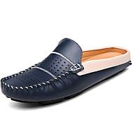 baratos Sapatos Masculinos-Homens Mocassim Pele Verão / Outono Conforto Tamancos e Mules Branco / Preto / Azul