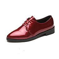 baratos Sapatos Femininos-Mulheres Sapatos Couro Ecológico Primavera / Outono Conforto Oxfords Salto Baixo Preto / Vinho