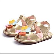 baratos Sapatos de Menina-Para Meninas Sapatos Couro Ecológico Primavera Verão Primeiros Passos Sandálias Flor para Bébé Dourado / Branco