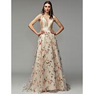 גזרת A צלילה שובל סוויפ \ בראש אורגנזה / סאטן ערב רישמי שמלה עם דוגמא \ הדפס / פרח על ידי TS Couture®