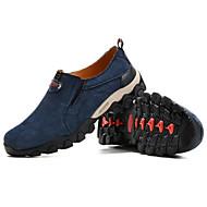baratos Sapatos Masculinos-Homens Sapatos Confortáveis Camurça Primavera / Outono Esportivo Mocassins e Slip-Ons Aventura Não escorregar Azul Escuro / Vinho / Khaki
