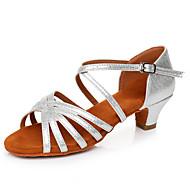 Kadın's Latin Dans Ayakkabıları Patentli Deri Sandaletler / Topuklular Toka Kalın Topuk Kişiselleştirilmiş Dans Ayakkabıları Gümüş