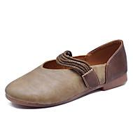 baratos Sapatos Femininos-Mulheres Couro Ecológico Verão Conforto Rasos Sem Salto Ponta quadrada Bege / Marron / Khaki