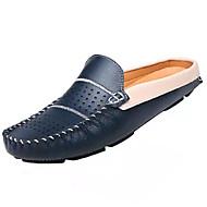 tanie Small Size Shoes-Męskie Komfortowe buty Skóra / Skóra bydlęca Lato Casual Chodaki i klapki Biały / Czarny / Niebieski