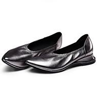 tanie Obuwie damskie-Damskie Komfortowe buty Skóra nappa Wiosna / Lato Casual Mokasyny i buty wsuwane Niski obcas Wino / Szampański