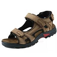 tanie Obuwie męskie-Męskie Komfortowe buty Skóra bydlęca Lato Sandały Brązowy / Khaki