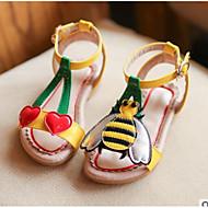 baratos Sapatos de Menina-Para Meninos / Para Meninas Sapatos Couro Sintético Verão Conforto Sandálias para Bébé Branco / Amarelo / Rosa claro