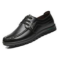 baratos Sapatos Masculinos-Homens Sapatos Confortáveis Couro Outono Negócio Oxfords Use prova Preto / Marron