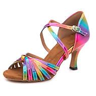 abordables Chaussures de Danse-Femme Chaussures Latines Polyuréthane Sandale / Basket Boucle Mince haut talon Personnalisables Chaussures de danse Arc-en-ciel