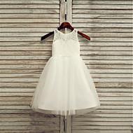 A-Şekilli Taşlı Yaka Diz Altı Dantelalar / Saten / Tül Tek Renk ile Çiçekçi Kız Elbisesi tarafından