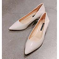 Moderigtige højhælede sko og støvler