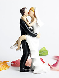 cheap -Cake Topper Non-personalized Classic Couple Resin Bridal Shower / Wedding White / Black Garden Theme / Classic Theme Gift Box