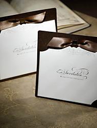 abordables -elegante invitación de la boda de estilo en el chocolate con cintas-conjunto de 50/20