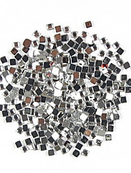 1000PCS a forma di quadrato strass Nail Art Decoration trasparente di 2 mm