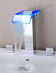preiswerte -Zeitgenössisch Romanische Wanne LED / Wasserfall with  Keramisches Ventil Zwei Griffe Drei Löcher for  Chrom , Badewannenarmaturen