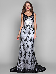 Mantel / Spalte V-Ausschnitt Scalloped Sweep / Pinsel Zug Spitze Stretch Satin Abendkleid mit Kristall von ts Couture ®