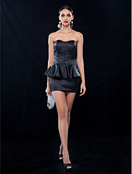 cheap -Sheath / Column Sweetheart Neckline Short / Mini Stretch Satin Little Black Dress Cocktail Party Dress with Ruffles by