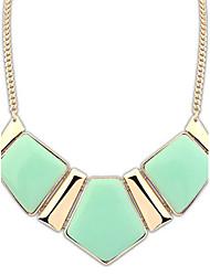 povoljno -Žene Legura Ogrlice s privjeskom Izjava Ogrlice - Sintetički gemstones Legura Geometric Shape Ogrlice Za