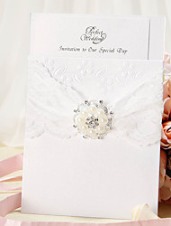"cheap -Wrap & Pocket Wedding Invitations Invitation Cards Floral Style Pearl Paper 7 1/5""×5"" (18.4*12.8cm) Rhinestone / Pearl"