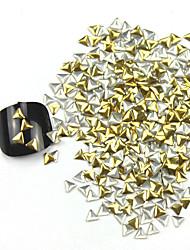 abordables -De 300PCS 3D Triángulo de Oro del arte del clavo de la aleación de oro y plata Decoraciones