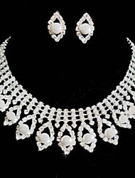 Jewelry Set Women's Wedding / Party Jewelry Sets Pearl / Alloy / Rhinestone Rhinestone Necklaces / Earrings Silver