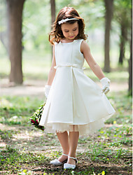 cheap -Sheath / Column Knee Length Flower Girl Dress - Silk Sleeveless Halter with Ribbon