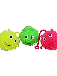 Недорогие -праздник игрушки резиновые упругие флэш из меха мяч (случайная поставка цвет)